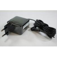 Блок питания Asus 19V 1.75A 33W 4.0*1.35 Original (0A001-00340400)